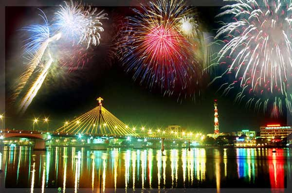 Danang falls short of HOTEL ROOMS for fireworks spectators