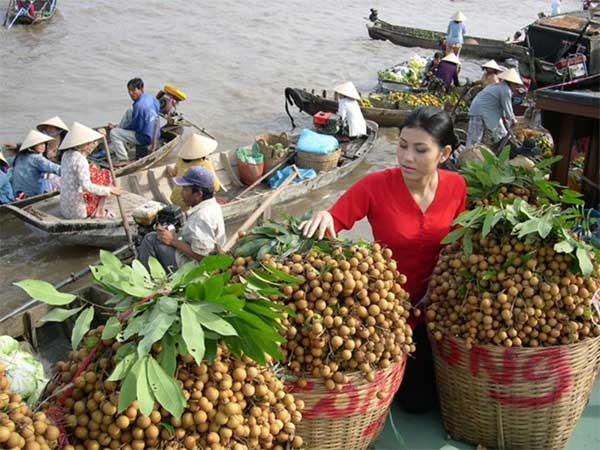 Mekong Delta, seafood, agricultural products, Long Xuyen Floating Market