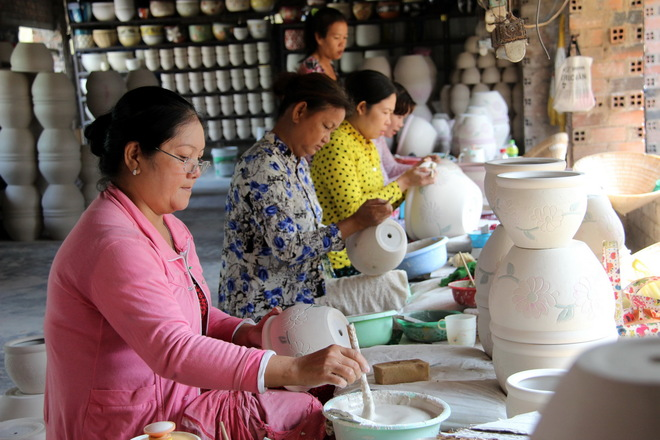 The last Tet of the oldest pottery village in South Vietnam