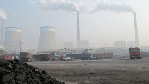 Global CO2 emissions 'stalled' in 2014