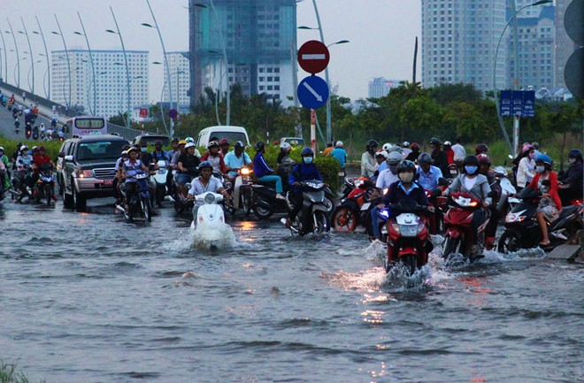 HCM City prepares to face another flooding season