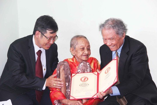 Vietnamese woman recognized as the world's oldest