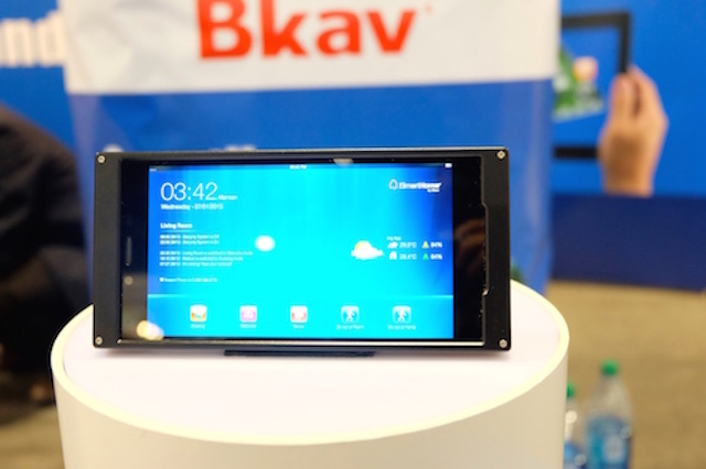 BPhone maker has trouble in domestic market