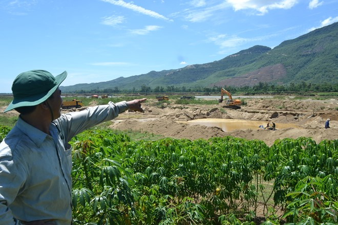 People are concerned the sand extraction will leave their field prone to flooding during the rainy season