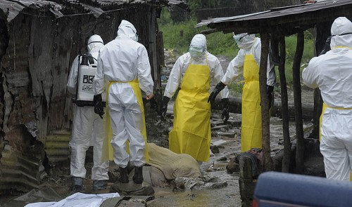 Vietnam hospital discharges 2 visitors from Ebola-hit area; local isolated