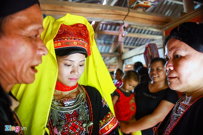 The wedding of a French man and a Dao ethnic girl