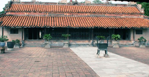 Hue's largest imperial tomb set for makeover
