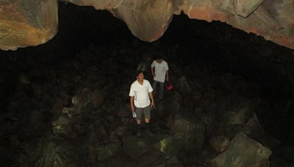 Largest[-]volcanic[-]cave[-]in[-]Southeast[-]Asia[-]discovered[-]in[-]Vietnam