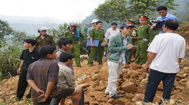 Quang Nam province: local authorities yielding to gold miners