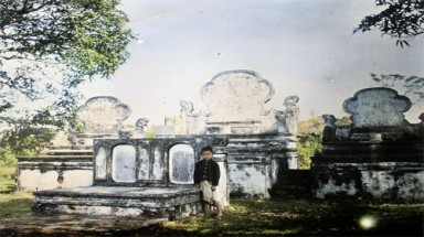 Spiritual life of Hanoi people 100 years ago