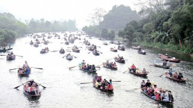 Viet Nam's longest festival set to wow visitors in 2014