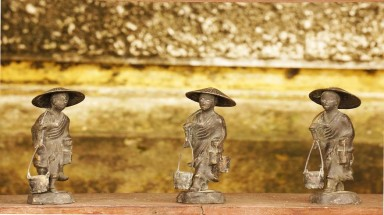Seven typical souvenirs of Hoi An