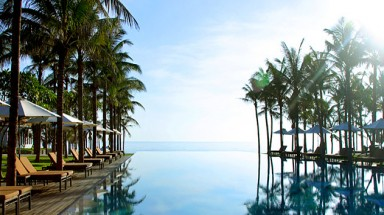 Three Vietnam's resorts among best 40 in the world