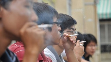 """Vietnam without cigarette smoke"" campaign launched"