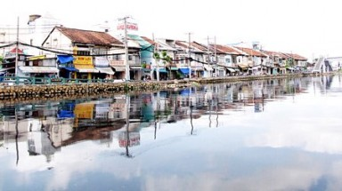 HCM City focuses on developing waterway tourism