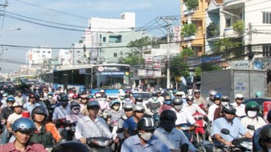 Traffic jams crowd streets in HCM City as Tet approaches
