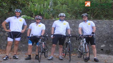"Savills joined ""Cycling for Newborns"" to raise fund for Newborns Vietnam"