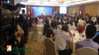 International experts call for Mekong leaders to look beyond water to achieve real impact