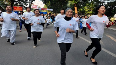 Run in Hanoi helps disadvantaged children