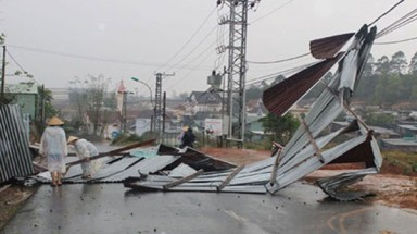 Lam Dong hit by hailstorms