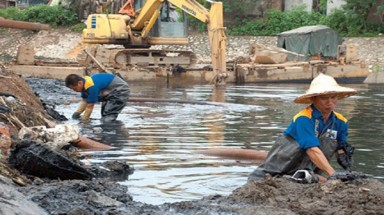 Hanoi to restore river flows