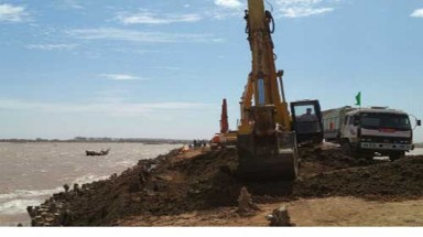 Hau River dredging resumes after 2 years