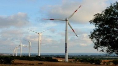 Wind turbines to rotate across Vietnam