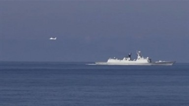 Chinese aircraft intimidate Vietnam's law enforcement vessels