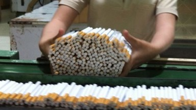 Tobacco rep asks Vietnam to curb smuggling before raising taxes