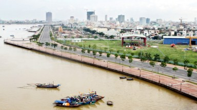 Da Nang seeks new measures to protect precious water resources