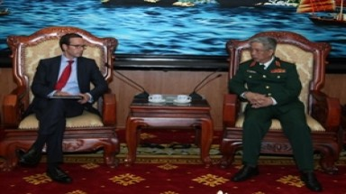 Deputy Defence Minister greets US President's emissary