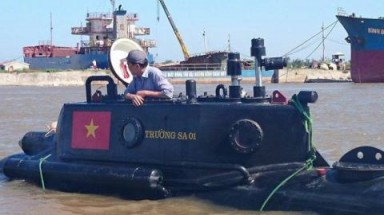 Truong Sa submarine to undergo tests in Rammasun typhoon