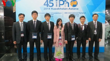 Vietnam wins big at 2014 Int'l Physics Olympiad