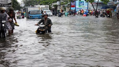 Construction of flooding control works in HCMC slow