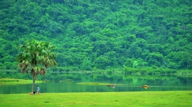 Charming beauty of Noong Lake in Ha Giang