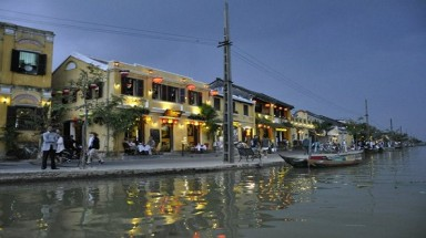 Hoi An, a new destination for Western retirees