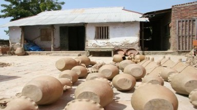 Visit the largest pottery village of Cham people