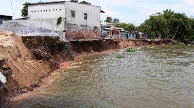 Mekong erosion damages property