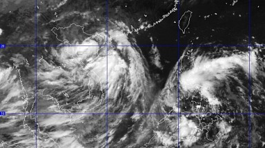 Low pressure brings rainstorms to northern Vietnam today
