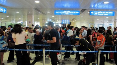 Vietnam considers visa exemption for citizens of nine more countries