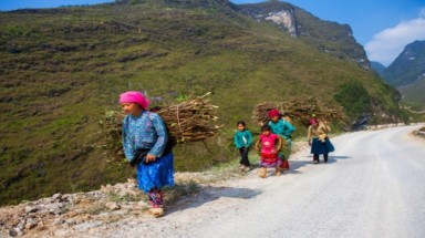 Poverty eradication in VN: Leaving no one behind and leaving no one out
