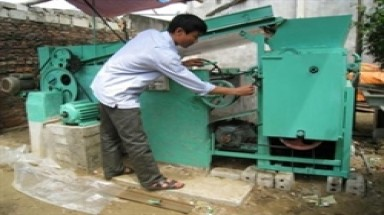 Farmer invents garbage treatment machine
