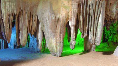 British Royal Cave Association discovered rare stalactites in Phong Nha - Ke Bang